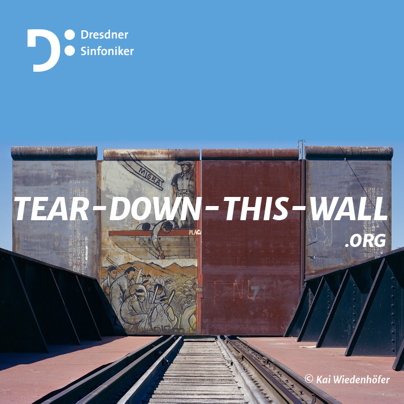"""TEAR DOWN THIS WALL"". Foto: Kai Wiedenhöfer."